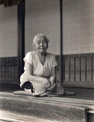 波々伯部(ほうかべ)神社の神主さんのおかあさん