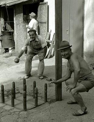 遊ぶ人 Kondoros Hungary