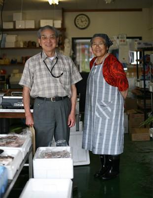 小林魚店の御夫婦 岩手県野田村 Japan