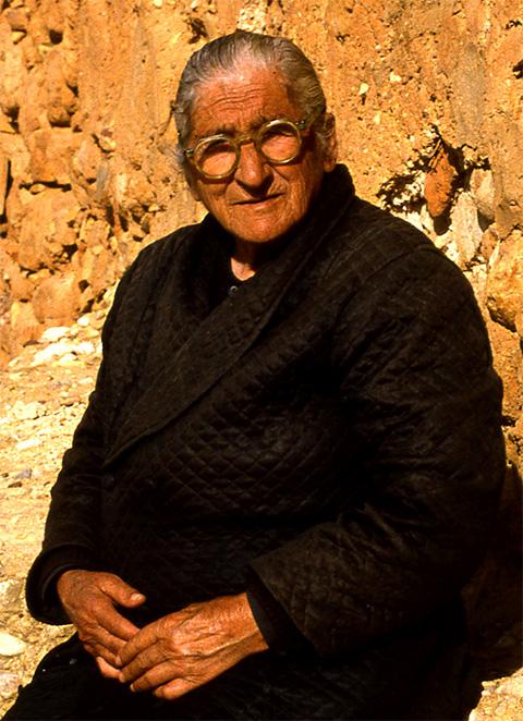 img015-Old-lady.jpg